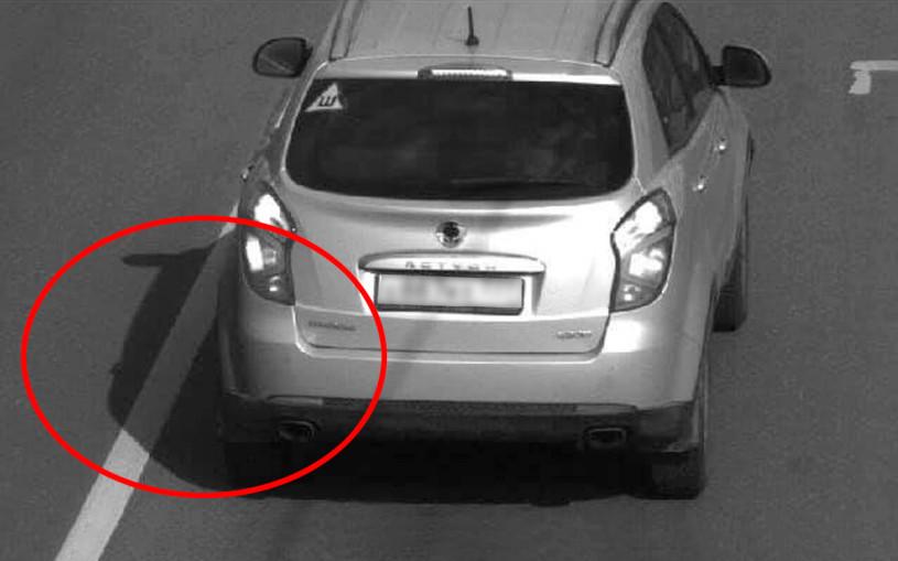 Водитель показал «штраф за тень». Власти объяснили, в чем дело