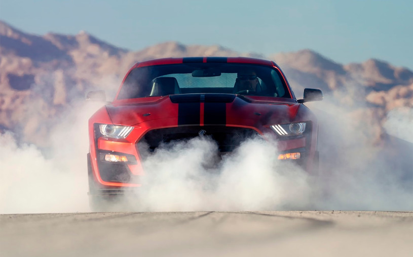 Ford Mustang оснастят новым 6,8-литровым мотором