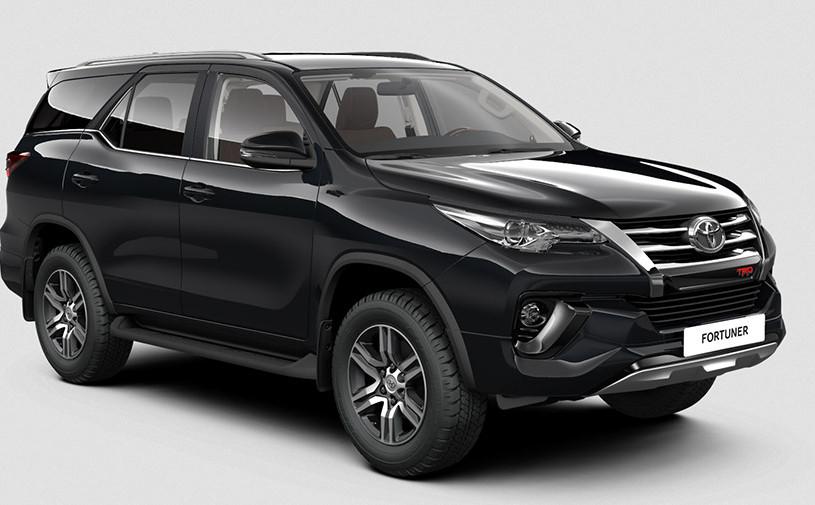 Toyota привезла в Россию спецверсию Fortuner