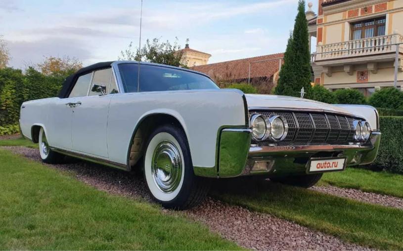 В России продают коллекционный Lincoln Continental 1964 года за 8,8 млн