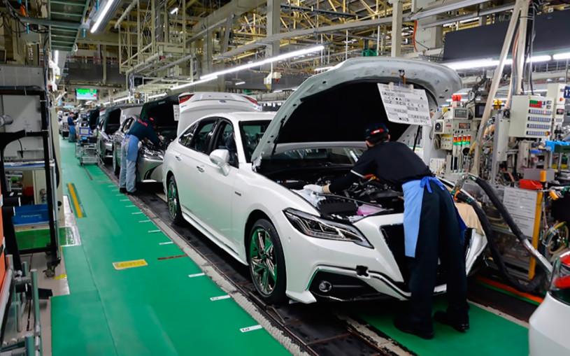 Toyota сократит производство машин на 40% из-за нехватки компонентов