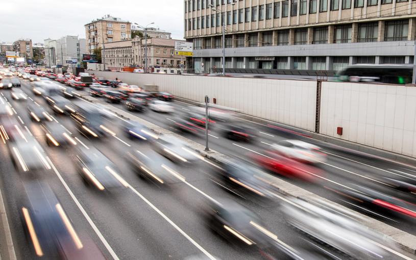 В Москве нарисуют новые полосы. Где и как по ним ездить?