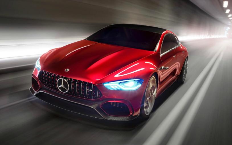 Четырехдверный Mercedes-AMG GT станет 800-сильным