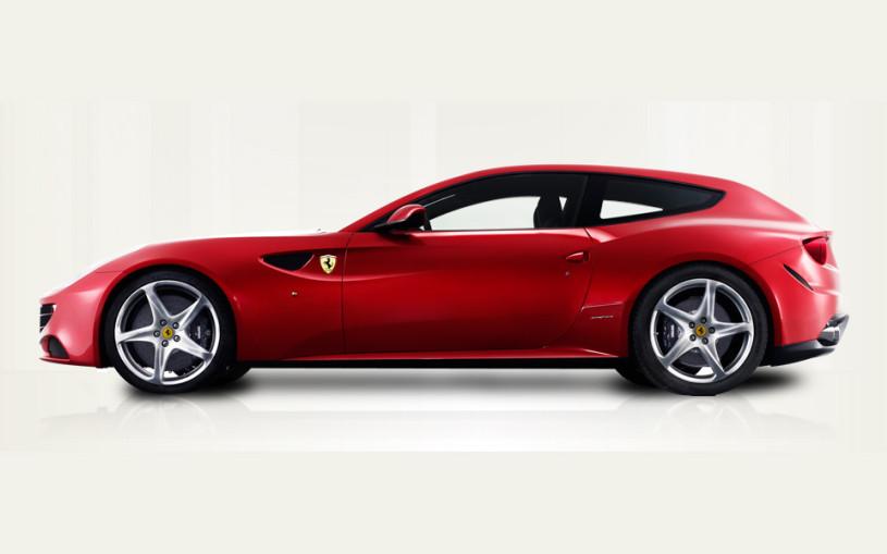 Ferrari собрала огромный универсал. Фото