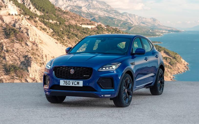 Jaguar назвал российскую стоимость обновленного кроссовера E-Pace