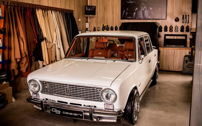 В Болгарии построили роскошную «Копейку» с креслами от Toyota