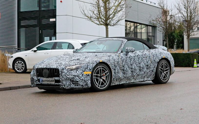 Mercedes вывел на финальные тесты родстер SL нового поколения