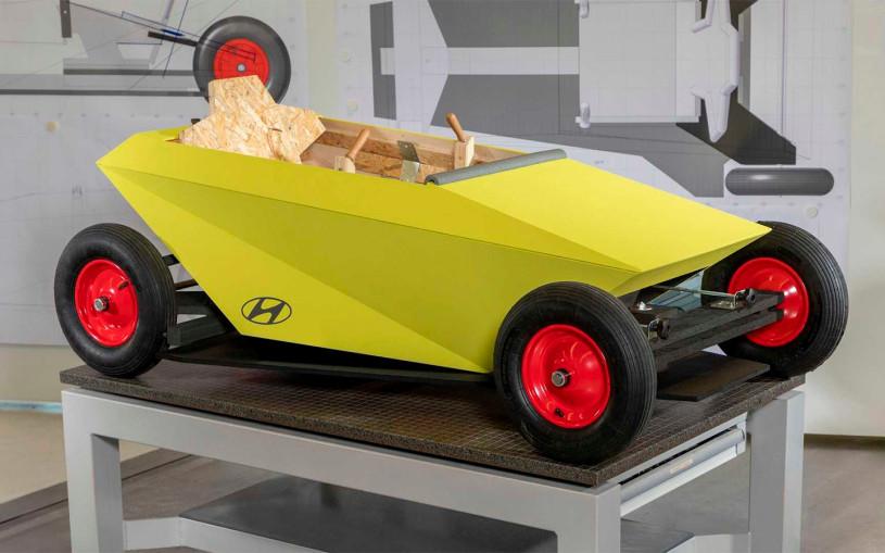 Hyundai представил автомобиль-конструктор из дерева. Видео