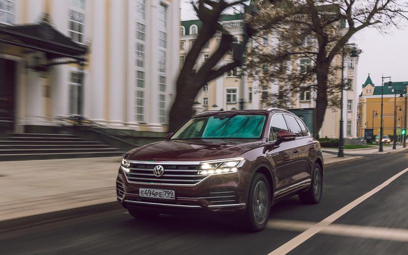 Тест-драйв Volkswagen Touareg. Три мнения о большом кроссовере