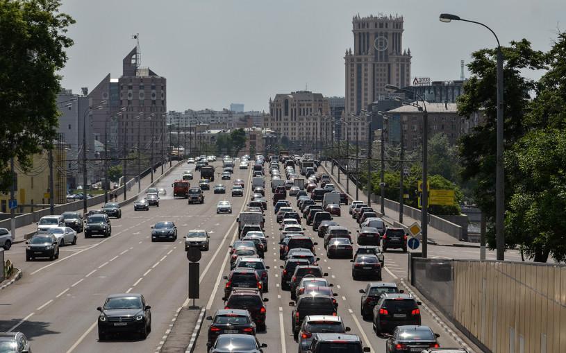 Российские автомобили начнут массово оснащать алкозамками