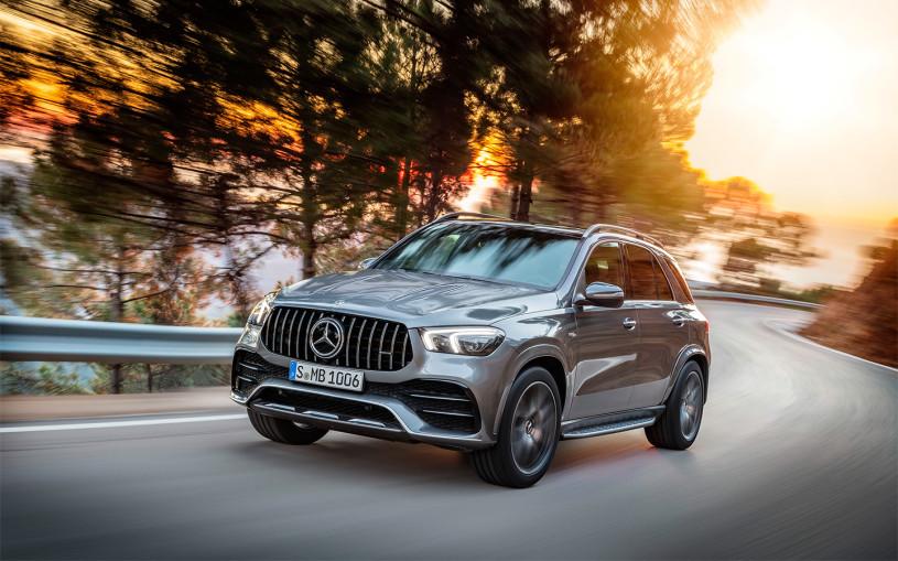 Mercedes отправит в ремонт более 1 тыс. кроссоверов в России