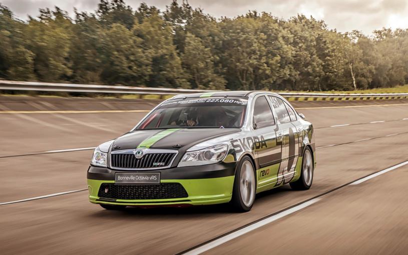 Skoda восстановила быстрейший автомобиль в своей истории