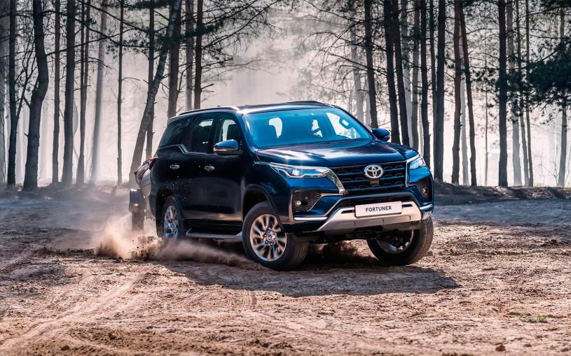 Toyota отзовет в России 3,5 тыс. машин из-за проблем с тормозами
