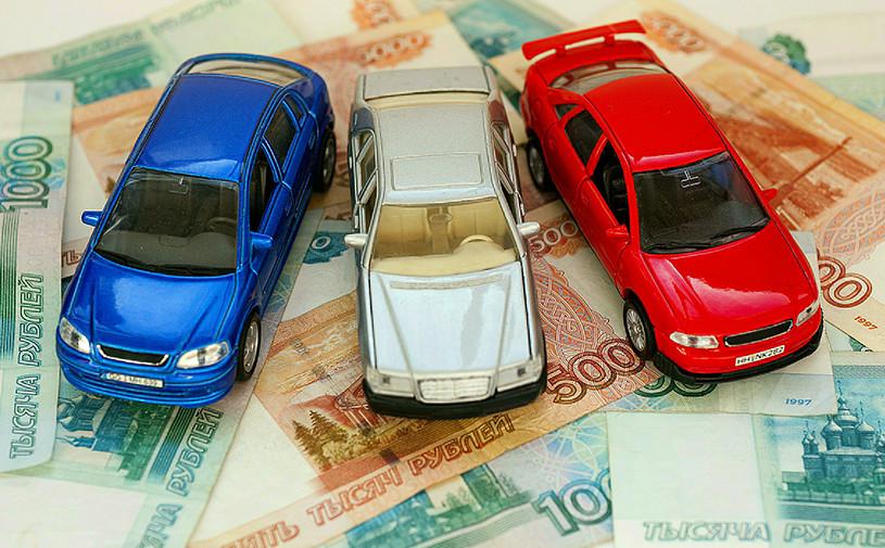 За две недели 13 автопроизводителей изменили цены в России