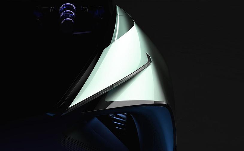Lexus анонсировал премьеру электрического хэтчбека