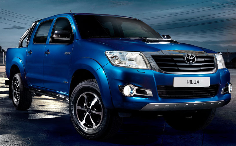 Toyota отзовет пикапы Hilux в России