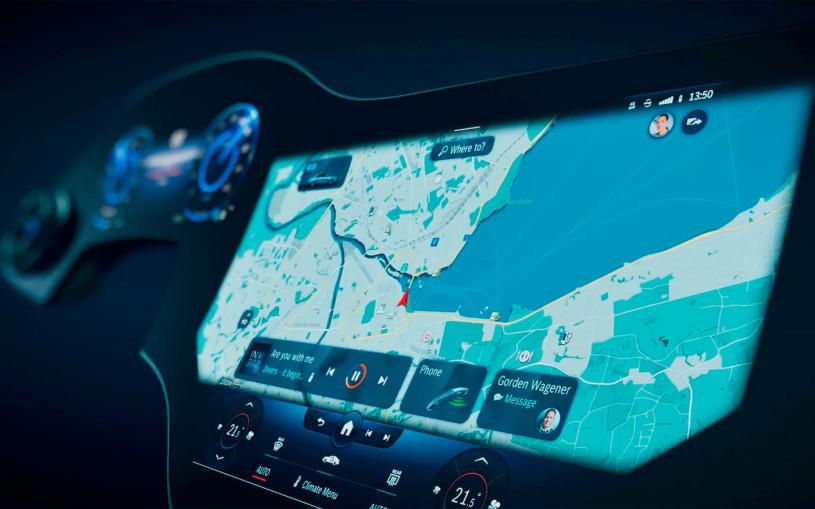 Mercedes показал на видео салон флагманского электрокара с гиперэкраном