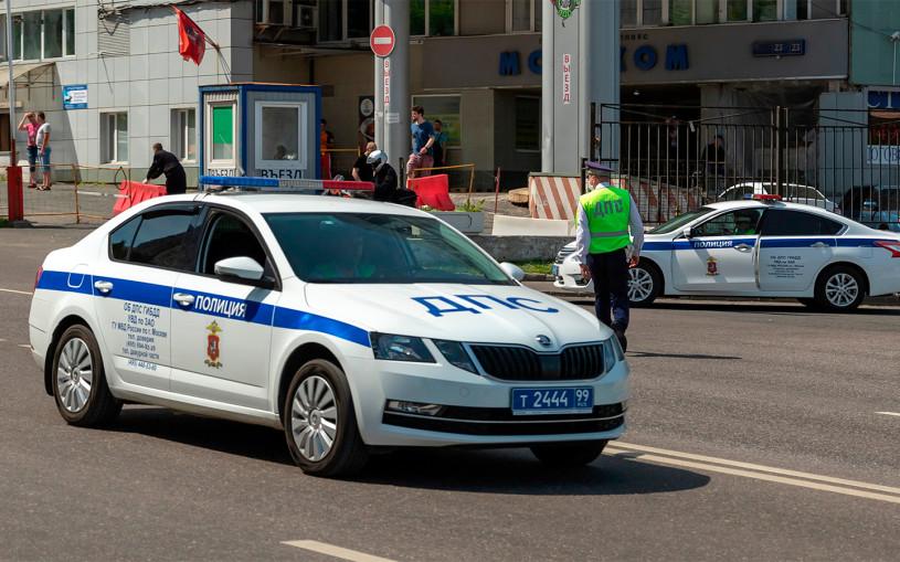ГИБДД показала на видео новые патрульные машины