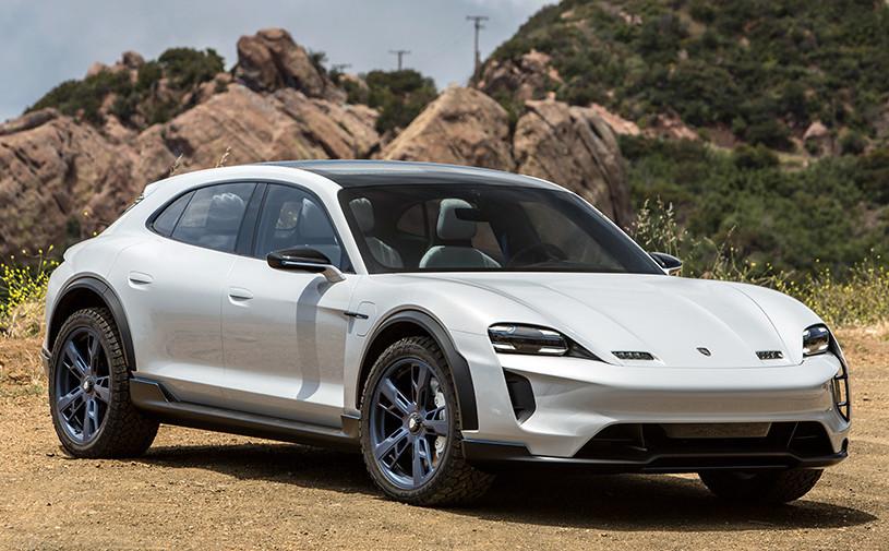 В Porsche назвали сроки премьеры двух новых моделей