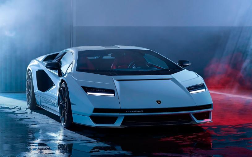 Lamborghini возродила спорткар Countach