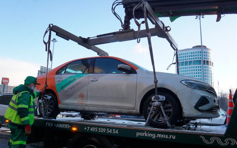 Водитель каршеринга получил штраф 300 000 на ровном месте. Что случилось?