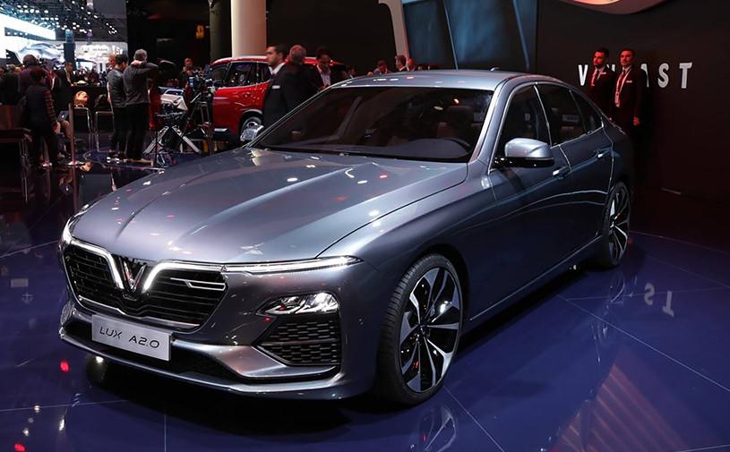 В Париже впервые представили вьетнамские автомобили