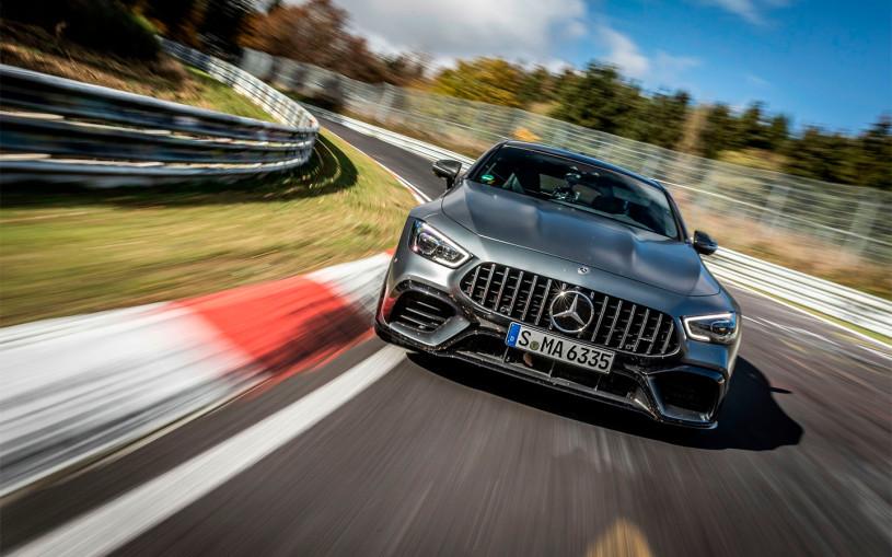 Суперкар Mercedes-AMG GT установил новый рекорд Нюрбургринга. Видео