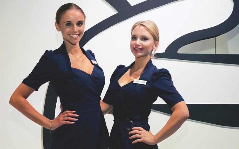 Страшная сила: лучшие девушки мотор-шоу во Франкфурте