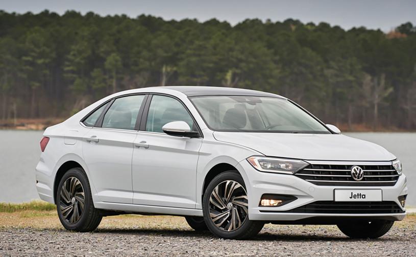 Volkswagen назвал российские цены на новую Jetta