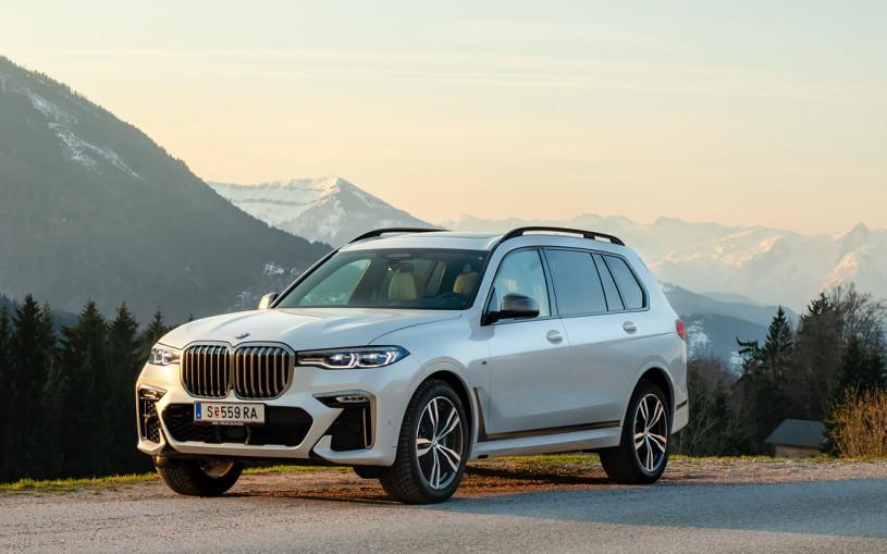 BMW отзывает кроссоверы X7 в России