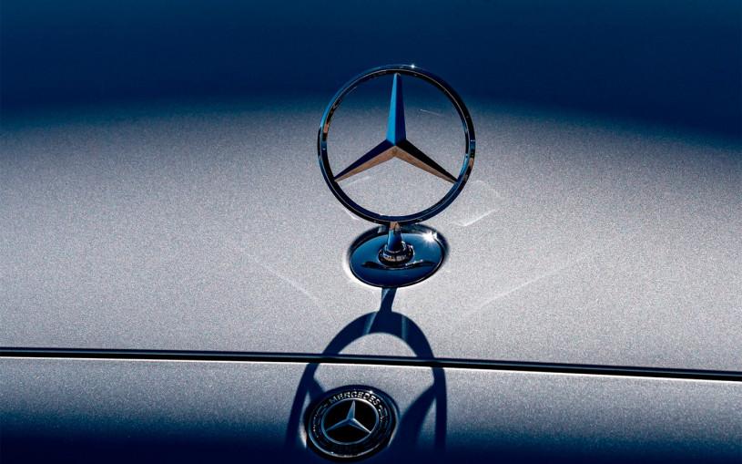 Mercedes отзовет 2,6 млн машин из-за проблем с программным обеспечением