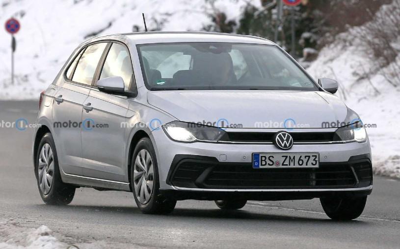 Volkswagen приступил к тестам обновленного Polo