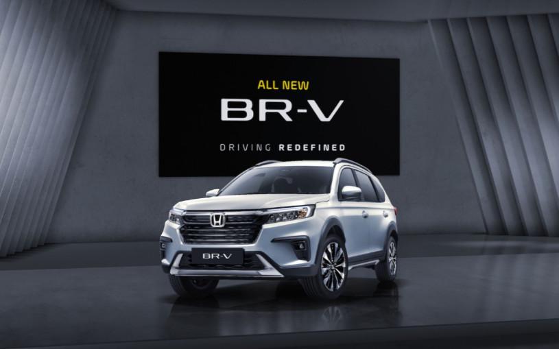 Honda представила семиместный кроссовер BR-V второго поколения