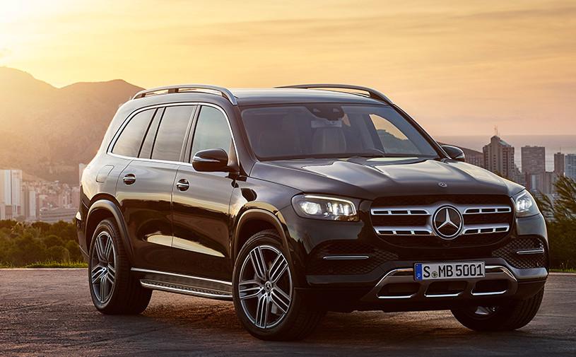 Mercedes назвал российские цены на внедорожник GLS нового поколения