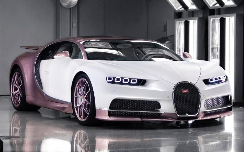 Британец подарил жене на 14 февраля уникальный Bugatti Chiron Sport. Фото