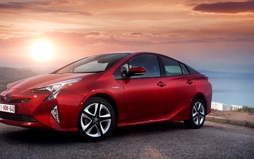 Автомобиль XXI века: почему Toyota Prius – это феномен