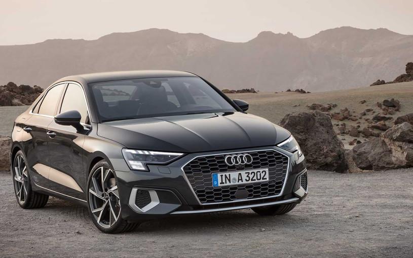 Audi представила седан A3 нового поколения