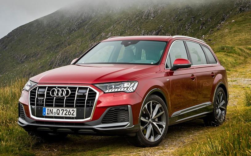 Audi назвала российские цены на обновленный Q7