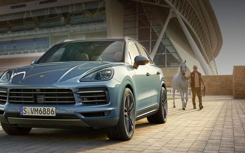 Porsche назвал российские цены на новый Cayenne
