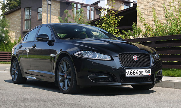 Мультимедийный вопрос. Тест-драйв Jaguar XF