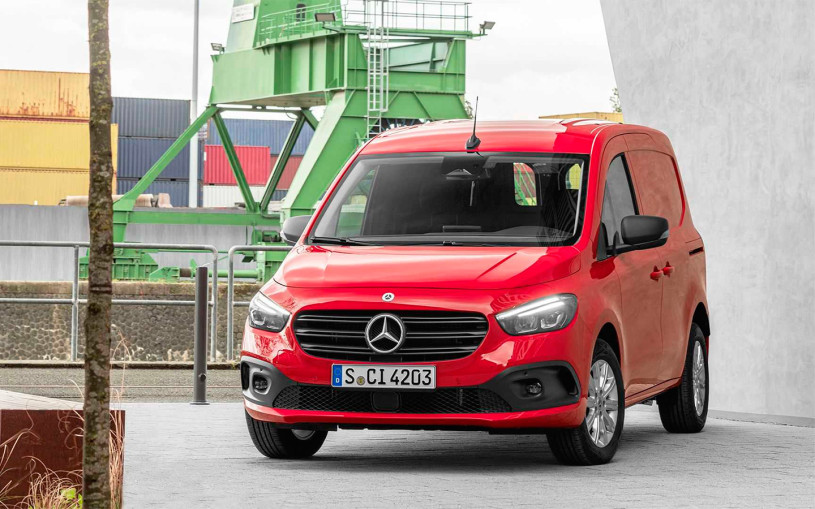 Mercedes представил новый компактвэн Citan