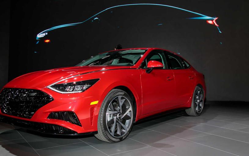 Hyundai показал в Нью-Йорке новый седан для России