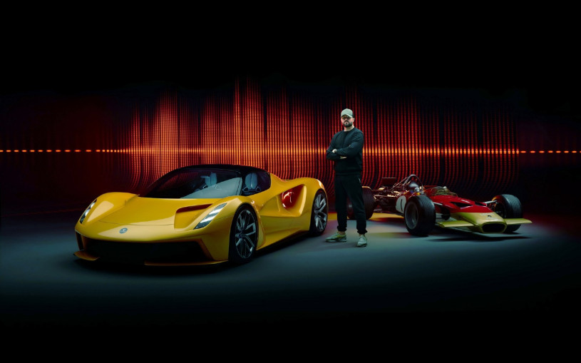 Продюсер Бритни Спирс сочинил звук для электрокара Lotus