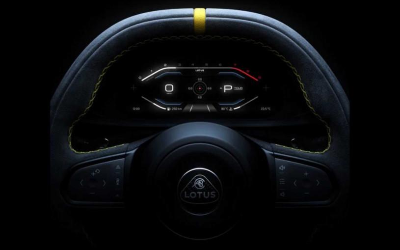 Lotus показал часть салона своей последней бензиновой машины