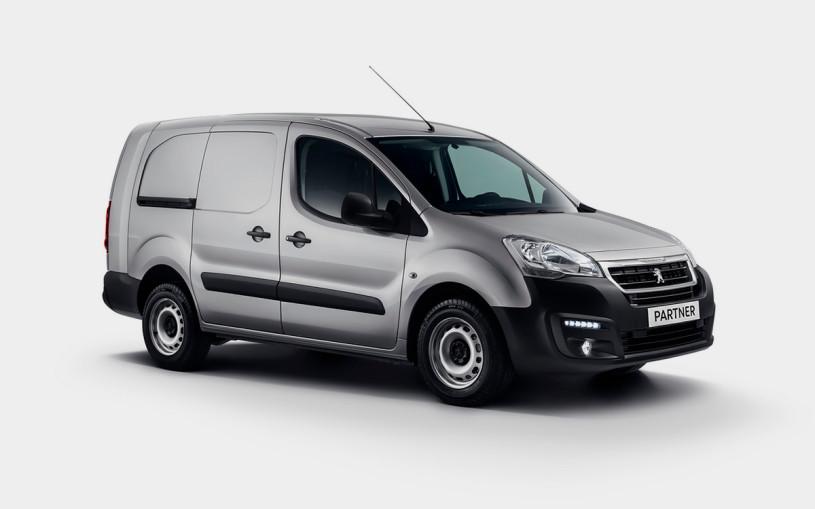 Peugeot назвала цены на новый Partner для России