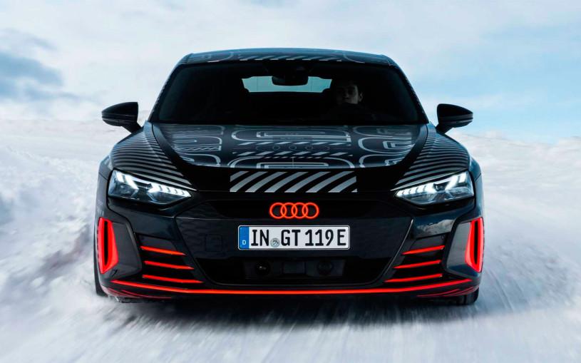 Audi показала на видео электрический суперседан