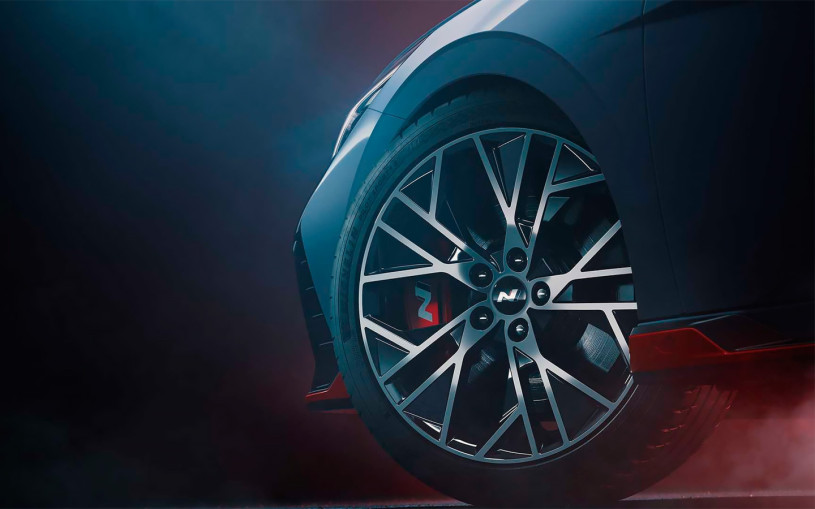 В Hyundai назвали дату премьеры самой мощной Elantra