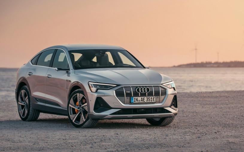 Новый купе-кроссовер Audi получил оптику с миллионами микрозеркал