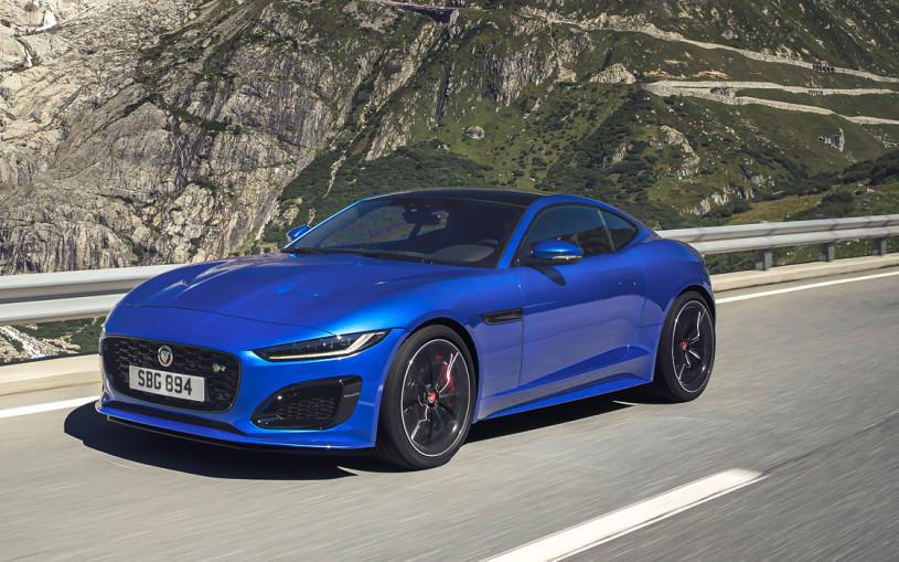 Jaguar назвал российские цены на обновленный F-Type