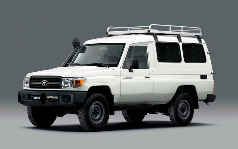 Toyota Land Cruiser оснастили холодильником для перевозки вакцин. Фото